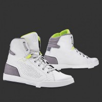 Forma Swift Flow white-grey
